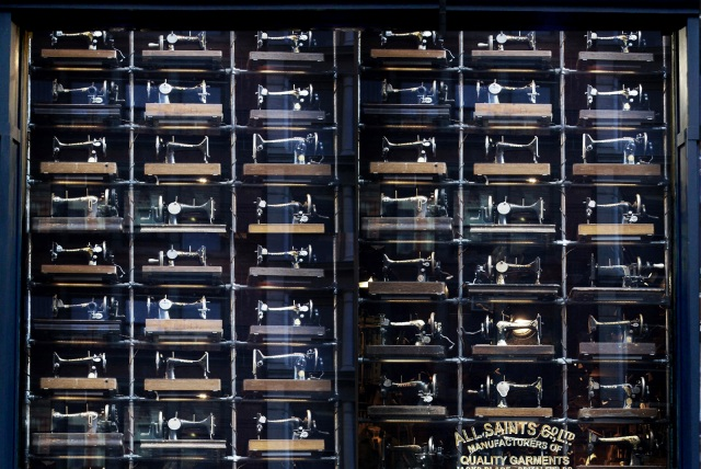 AllSaints: 493 Sewing Machines in Soho! | iloveshoplifting.com
